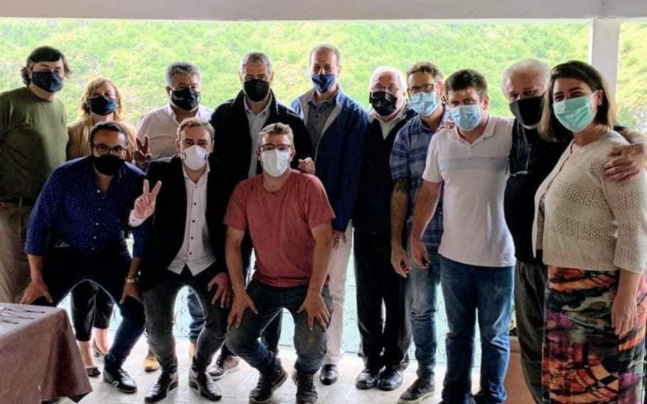 Foto de la reunión presencial desarrollada en enero de este año en Los Molinos
