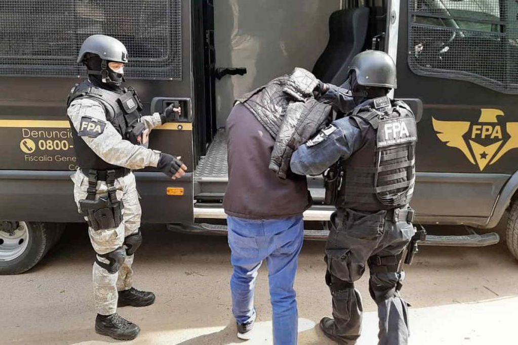 """Comienza el juicio contra los """"herederos"""" del """"Tuerto cacho"""". Es por venta de drogas en Córdoba."""