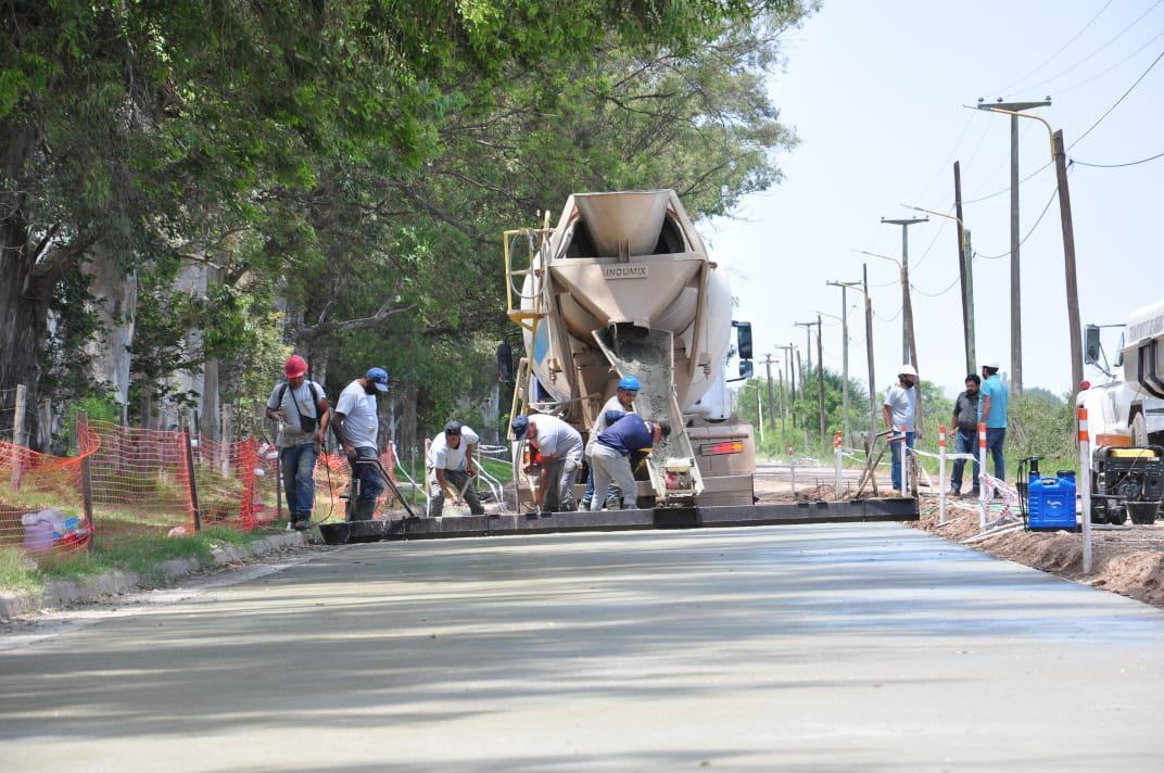 Estan por concluir la obra de pavimentacion en la avenida de la universidad en san francisco