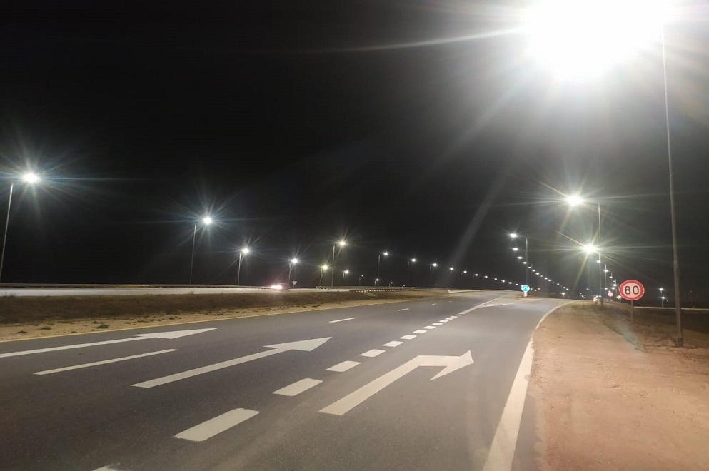 El distribuidor de acceso a Montecristo está iluminado en su totalidad
