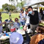 Residentes del Hogar Municipal de Ancianos y del Hospital de Día «Encuentro» celebraron la llegada de la primavera en la Escuela Granja