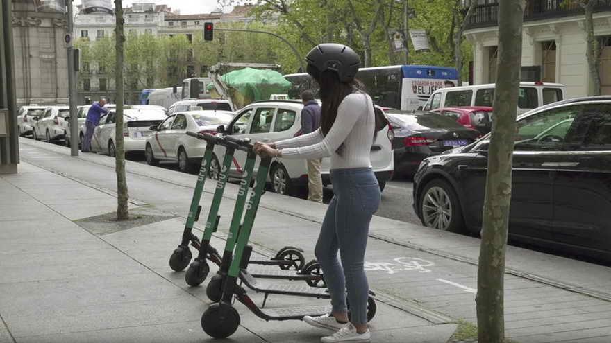San Francisco regula el uso de monopatines electricos