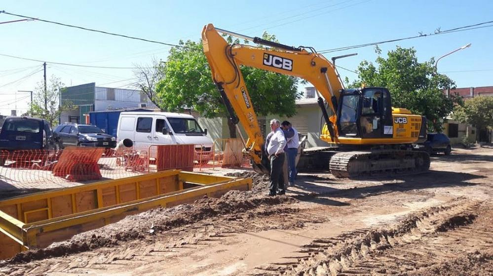 Avanza la obra de desagüe en Arroyito